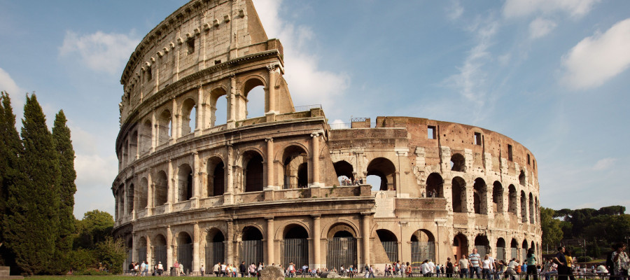 Top 5 Most Beautiful Places In Roma With Free Wifi